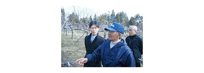 """「奇跡のリンゴ(幻冬舎)""""の木村秋則さんとガッツさん"""