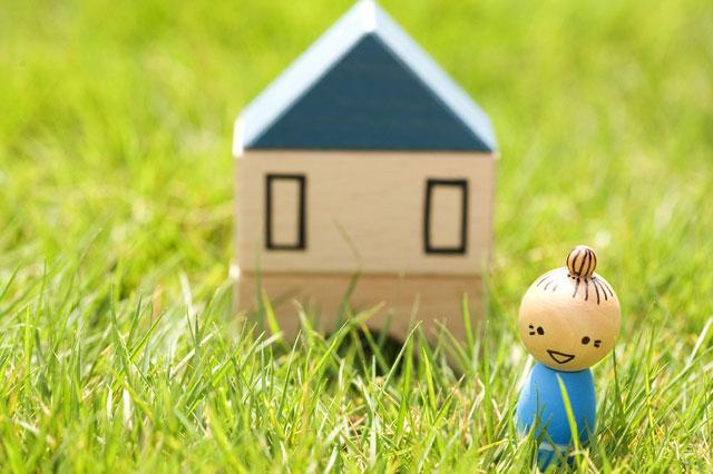 子供と同居より、一人暮らし。自由かつ逞しく、微笑しく人生を歩むことになります。