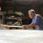 手引き真綿(絹)の名工 北川茂次郎さん(88歳)の集大成「呼吸する真綿布団」完成へ