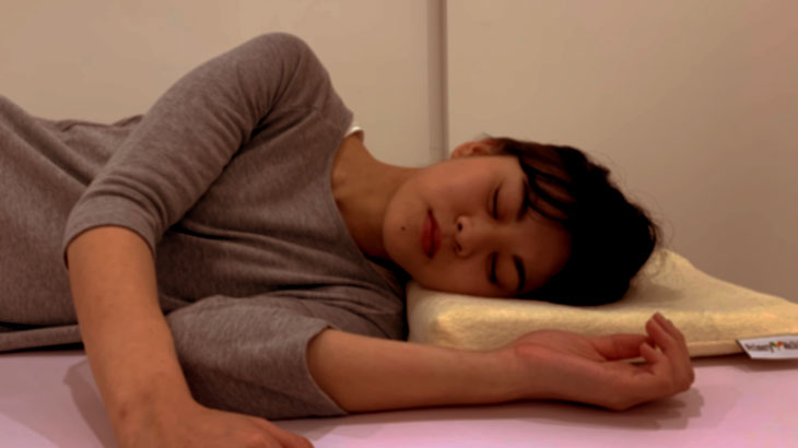 眠っている間に姿勢矯正。首の健康が全身に影響を!